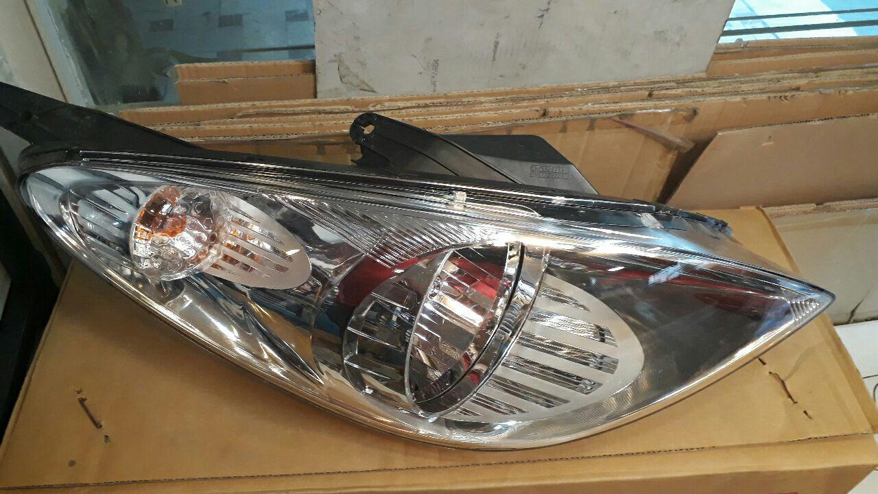 چراغ جلو هیوندایی I20 مدل ۲۰۱۲- ۹۲۱۰۲۱J010