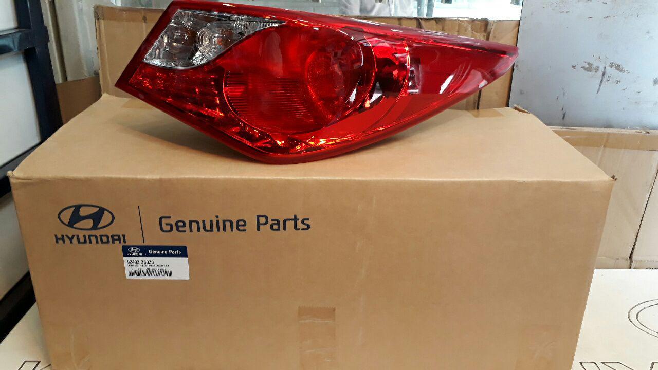 خطر عقب هیوندایی سوناتا YF مدل ۲۰۱۱ اصلی فابریک جینیون پارت-۹۲۴۰۲۳S020