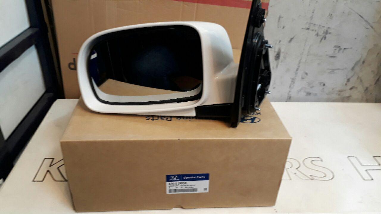 آینه بغل هیوندایی سانتافه مدل ۲۰۰۸ اصلی فابریک جینیون پارت-۸۷۶۱۰۲B260