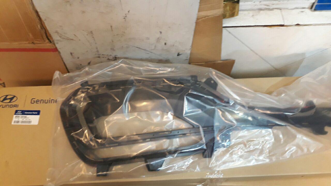 قاب دور پرژکتور هیوندایی سانتافه نیو مدل ۲۰۱۶ اصلی فابریک جینیون پارت- ۸۶۵۶۴۲WAA0 865632WAA0