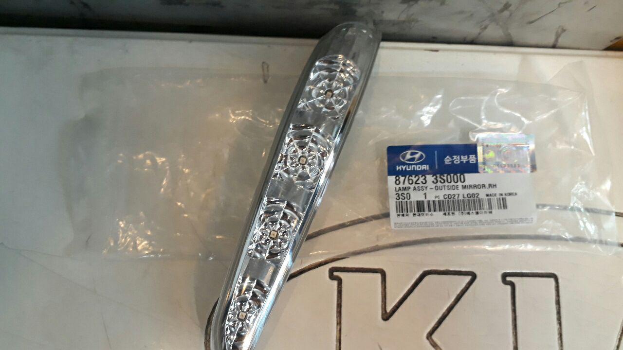 راهنما پشت آینه هیوندایی سوناتا YF مدل ۲۰۱۱ به بالا اصلی فابریک جینیون پارت-۸۷۶۲۳۳S000