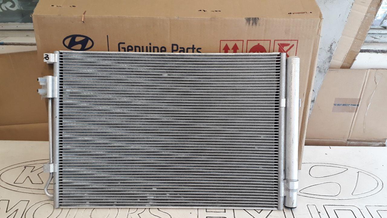 رادیاتور آب هیوندایی I20 مدل ۲۰۱۱ الی ۲۰۱۵ اصلی فابریک جینیون پارت ۹۷۶۰۶ ۱S000