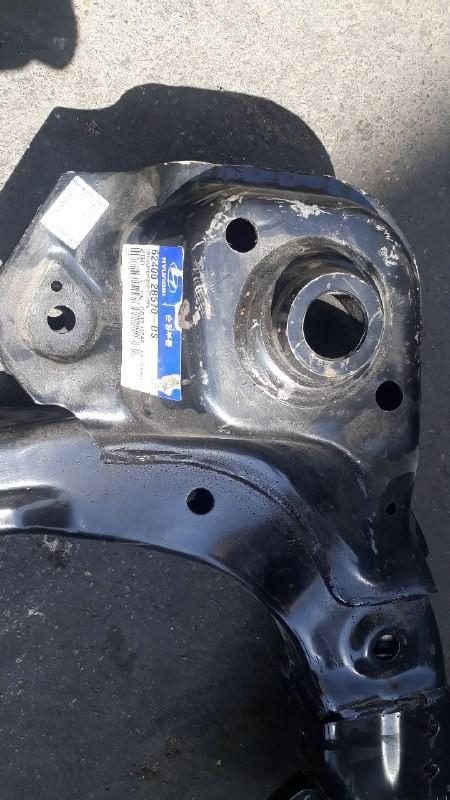 رام زیر موتور هیوندایی سانتافه مدل ۲۰۰۸ موتور ۲۷۰۰cc اصلی فابریک جیینون پارت ۶۲۴۰۰ ۲B570