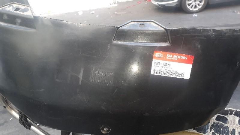 شلگیر عقب کیا سورنتو مدل ۲۰۰۸ اصلی فابریک جیینون پارت نو  ۸۶۸۲۱ ۳E510