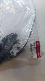 مکانیزم درب جلو چپ کیا سورنتو مدل ۲۰۱۲ اصلی فابریک جیینون پارت  ۸۱۳۱۰ ۲P000