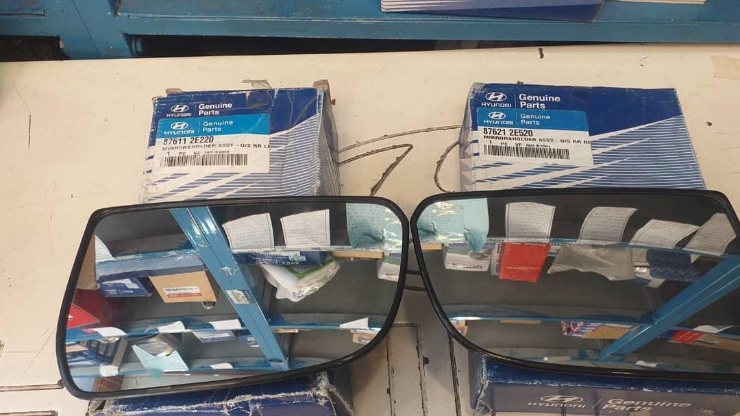 شیشه آینه چپ و راست هیوندای توسان اصلی جنیون ۸۷۶۲۱ ۲E520 ,  87611 2E220