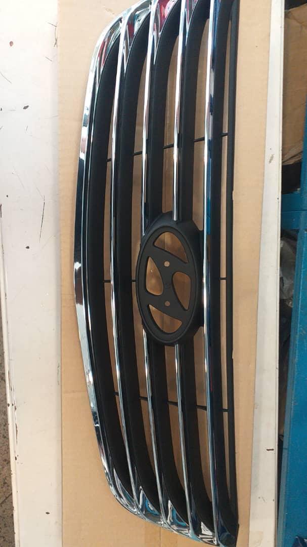 جلو پنجره هیوندای  آذرا ۲۰۱۰ اصلی جنیون پارت ۸۶۳۵۱ ۳L500
